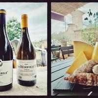 ☀️SAMEDI 5 JUIN ! : Présentation de 💙Combarels, Maison Cassagne & Vitailles, AOP Terrasses du Larzac + 💜La Réserve d'O, Domaine la Réserve d'O, IGP Saint-Guilhem-le-Désert. 💙Combarels: Niché au coeur du Languedoc, le magnifique domaine de Cassagne et Vitailles crée des vins de caractère, francs, à l'image de la richesse et de la complexité des terroirs du sud de la France. 👄👃Fraises écrasées, cassis, cerises.  💜La Réserve d'O: Grenache blanc, Roussanne, Chenin. Ce vin de Marie et Frédéric Chauffray va sur les arômes d'agrumes et de fleurs blanches. En bouche, belle fraicheur aux notes de pêche, fruits jaunes et zeste d'orange. Une belle longueur. 👅 AVEC saucissons de Carpentras aux olives de Nyons, noisettes, truffe et nature + Laguiole, AOP lait cru de vache. 🧀  ☎️04 84 51 07 34 💻shop.maisonmoga.fr